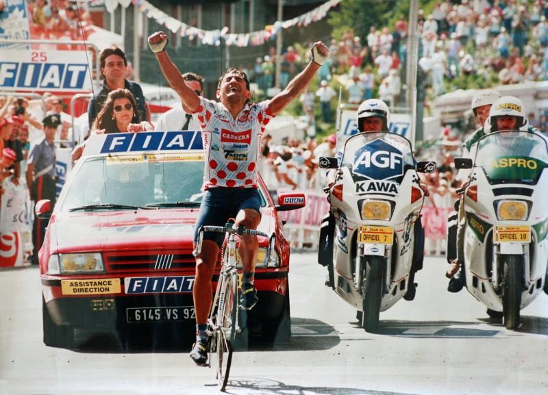 Claudio_Chiappucci,_Sestriere,_Tour_de_France_1992