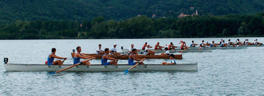 Rowing: national competition in Corgeno